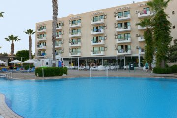 Paphos Luxury Hotels